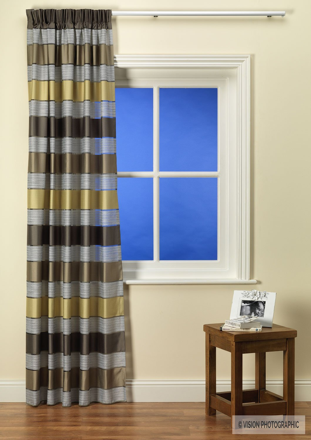 Curtain photography for netcuratinsdirect.co.uk