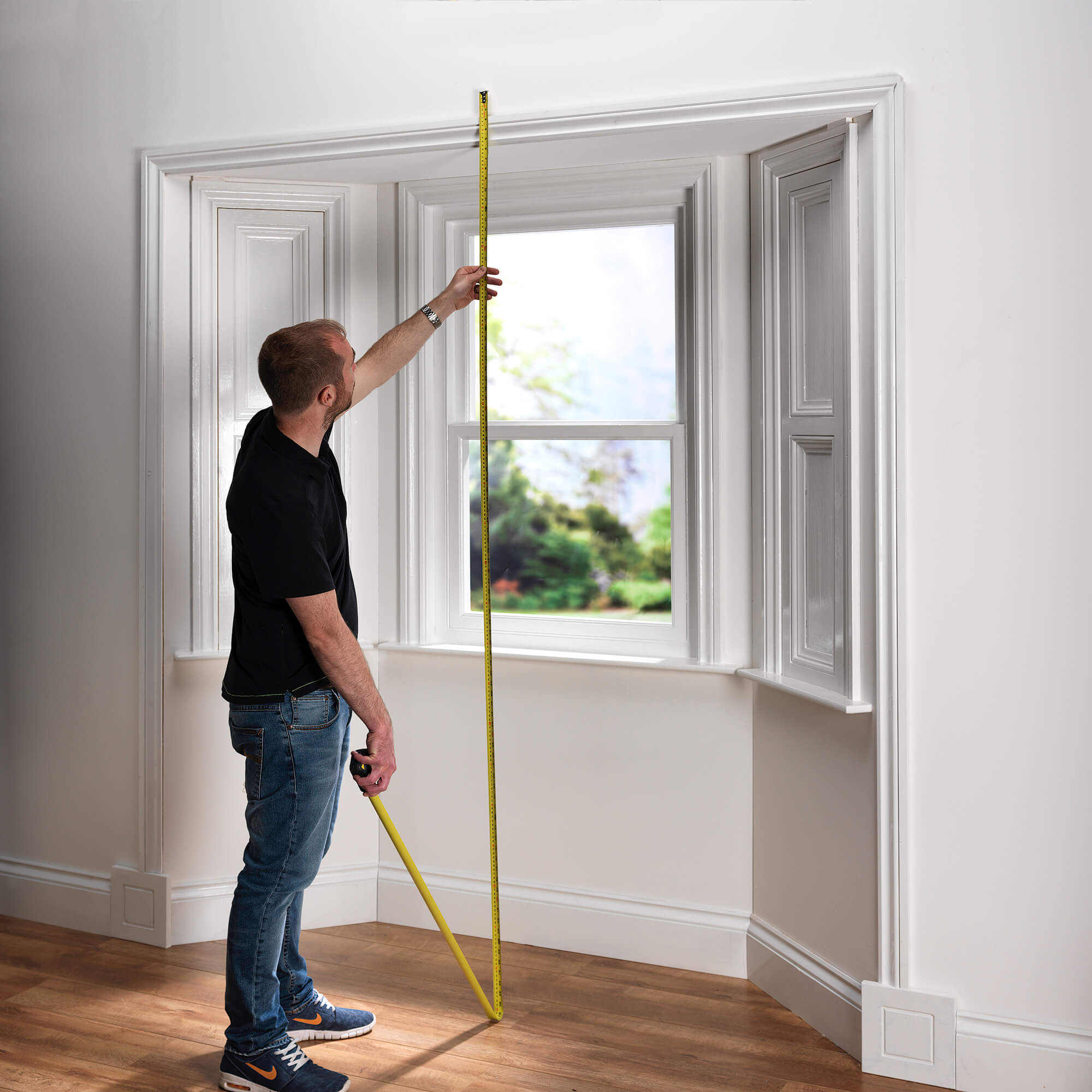 net curtain photography in bay window set
